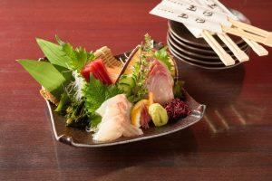 旬菜・炭焼き玉河の刺身写真